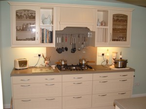 Traditional style cream kitchen